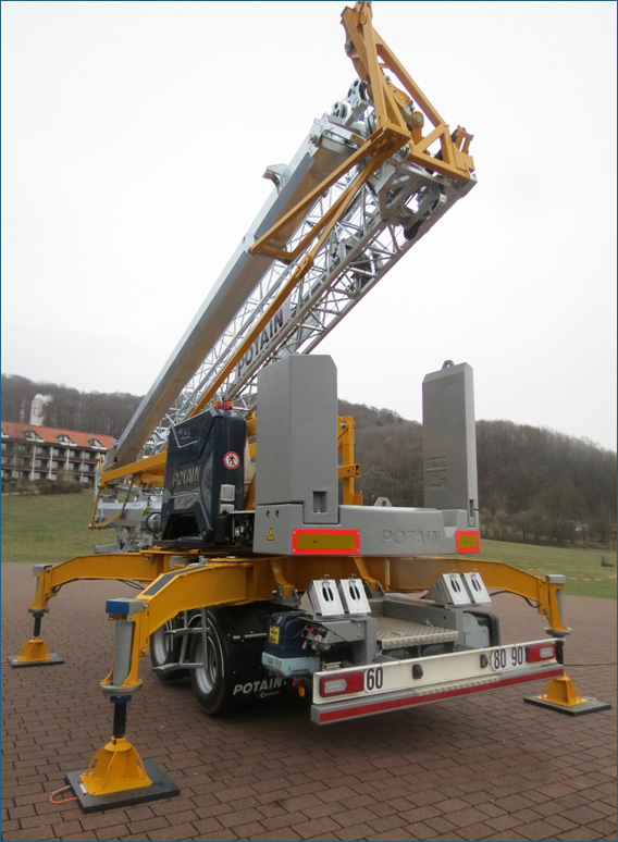 Caledonian Cranes - Scottish Sales & Rental of Maeda, Böcker and Potain 13