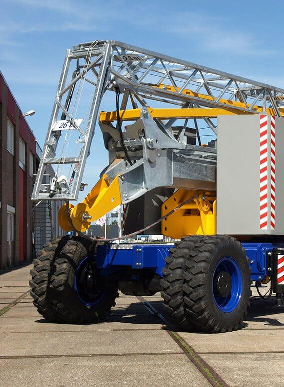 Caledonian Cranes - Scottish Sales & Rental of Maeda, Böcker and Potain - Build 2.0 09.20 17